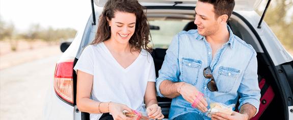 5-cosas-indispensables-para-un-viaje-por-carretera-snacks